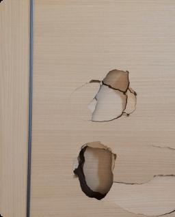 ドアのへこみや穴の修理