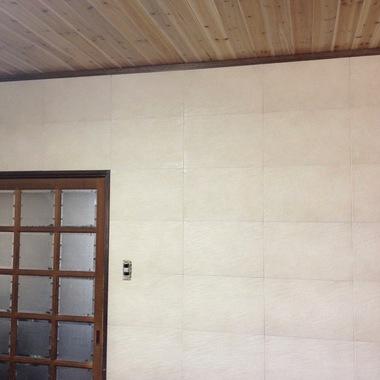 うきは市✕天井壁紙張替え✕新築のような仕上がりにする工事の施工後写真(1枚目)