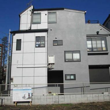 | 中野区  屋根葺き替え、外壁塗装、FRP防水工事の施工後写真(0枚目)