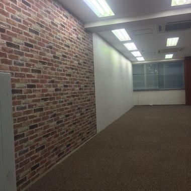 台東区  ネイルサロン店舗内装工事の施工後写真(1枚目)