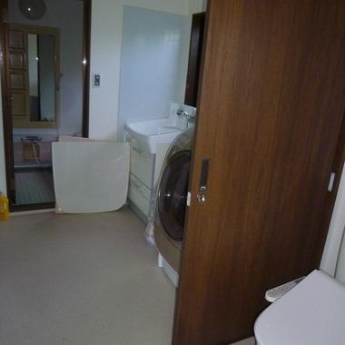 洗面所とトイレの改装