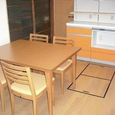 システムキッチンリフォーム後 テーブル
