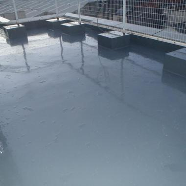 | 既存屋上下地改修の上絶縁工法での防水工事
