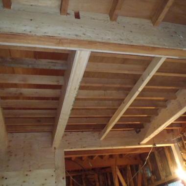 耐震補強工事 施工中 天井