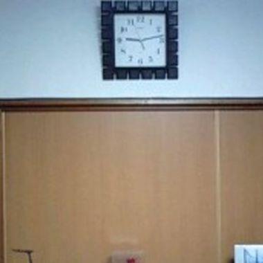 クロス張替え後 時計のある部屋