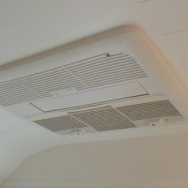 ミストサウナ付換気暖房乾燥機取り付け 反対側