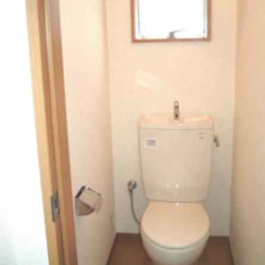 賃貸物件の総合リフォーム トイレ