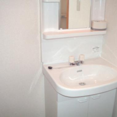 賃貸物件の総合リフォーム 洗面台