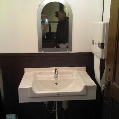 F喫茶店様 トイレの改装後 手洗い