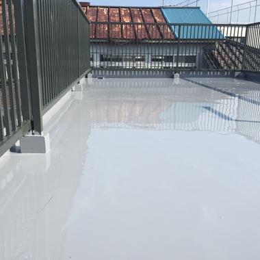 屋上防水ウレタン 手摺塗装工事 後 別視点