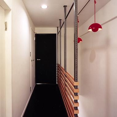 廊下 壁面リフォーム後