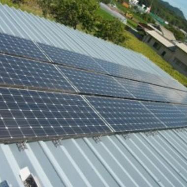 屋根塗装後 太陽光発電設置完了 別角度