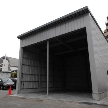 整備用の大型倉庫設置後 斜め方向画像