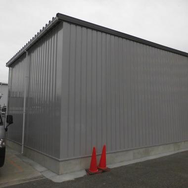 整備用の大型倉庫設置後 横画像
