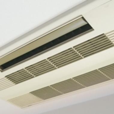 天井取り付け型エアコンのお掃除