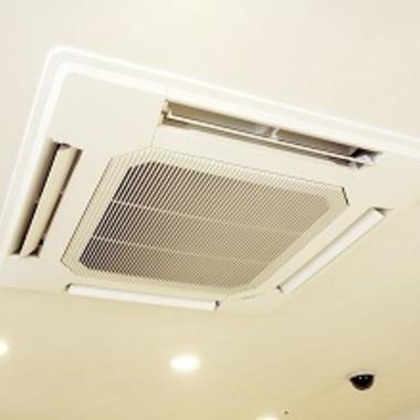 エアコン外装パネル掃除