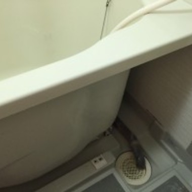 浴室・エプロン内高圧洗浄後