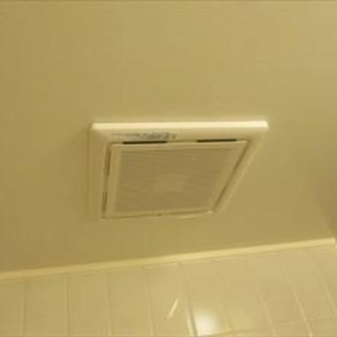 | 浴室ダクト換気扇交換後