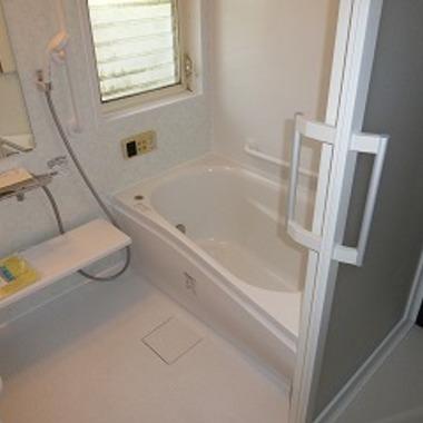 介護保険を利用した浴室リフォーム