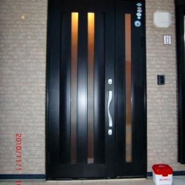 玄関ドア取り替え