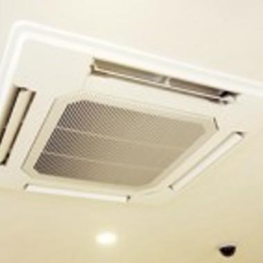| 天井埋込タイプ エアコンクリーニング 後