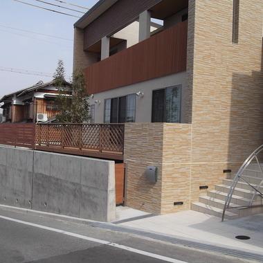 戸建住宅 外構工事 完了 玄関付近