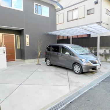 | 玄関前駐車スペース施工後