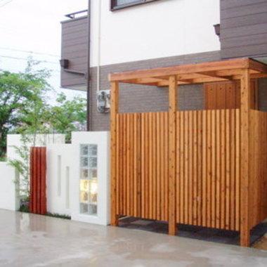 | ウッドデッキアイアンウッドの角柱フェンス設置 外装施工後