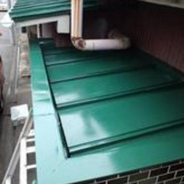 | トタン屋根 塗装施工後