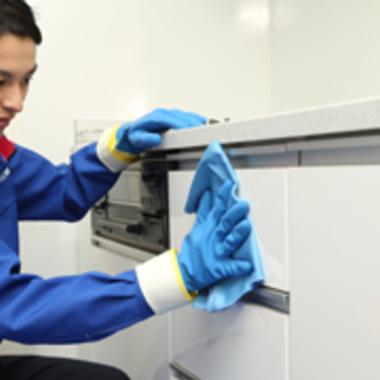 システムキッチン 収納部清掃