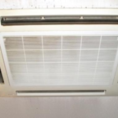 | 埋め込み式エアコン 洗浄後 簡易クリーニング