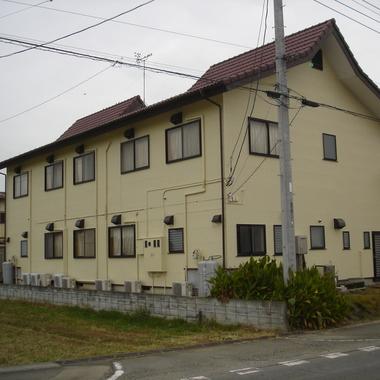 外壁塗装とシーリングの打替え後 建物裏側