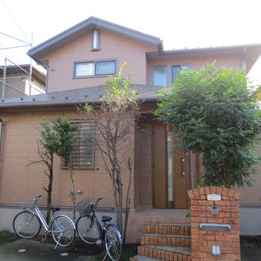 | 外壁塗装後 住宅外観 玄関前