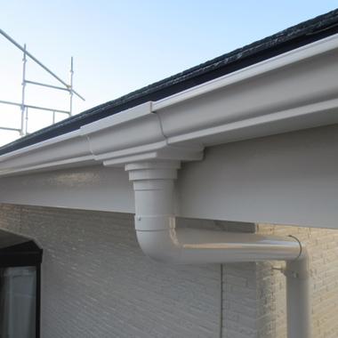 | 外壁屋根塗装後 雨どい