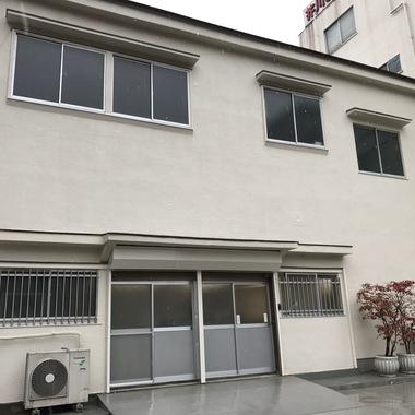 外壁塗装・屋根塗装・駐車場土間補修後 店舗