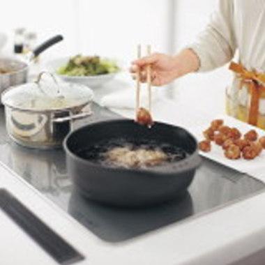 料理中のお鍋