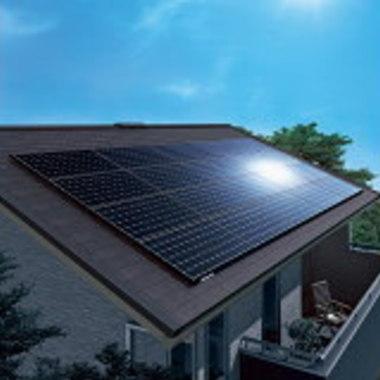 ソーラーパネルと屋根