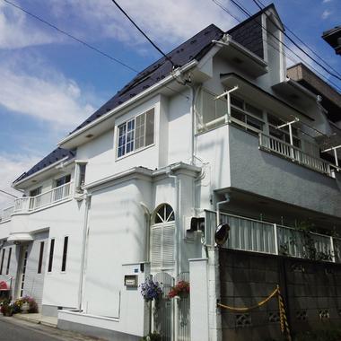 さいたま市浦和区✕外壁屋根塗装✕迅速な仕上がりのプロの工事の施工後写真(1枚目)
