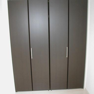 クローゼット設置 扉を閉めた状態