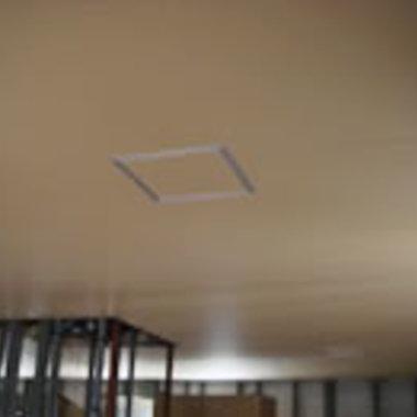 工場の天井工事終了