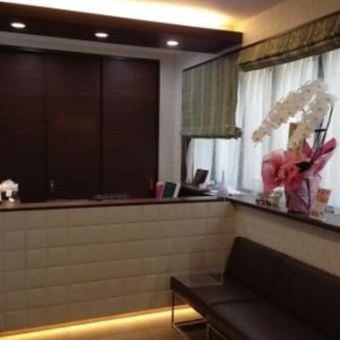 歯科医院全面リフォーム 待合室アップ画像