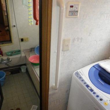 | 浴室の手すり取付工事