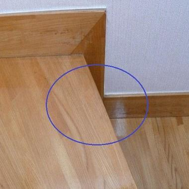| 階段の傷補修完了