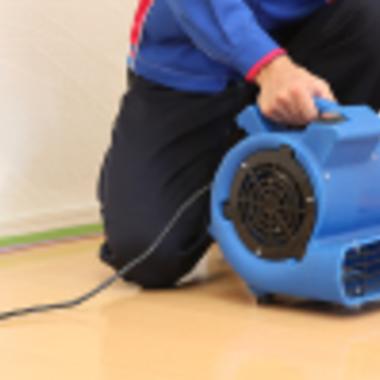 フロ-リング洗浄 ワックス仕上げ作業5 乾燥機