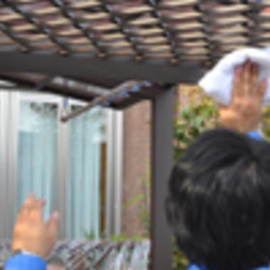 ベランダ・外回りクリーニング作業 雑巾