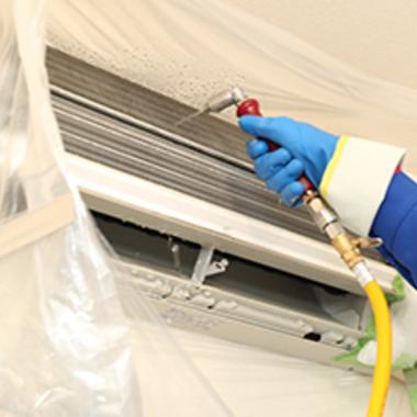エアコンクリーニング壁掛けタイプ作業中 6