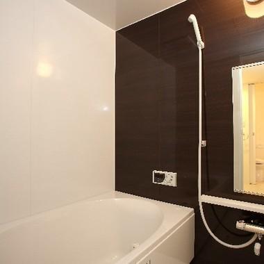 クリーニング後の浴室
