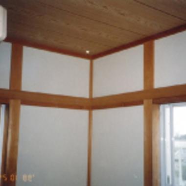 ハリ工事後の室内壁・梁 部屋角