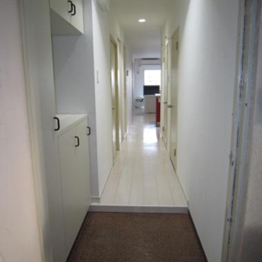 リフォーム後の廊下