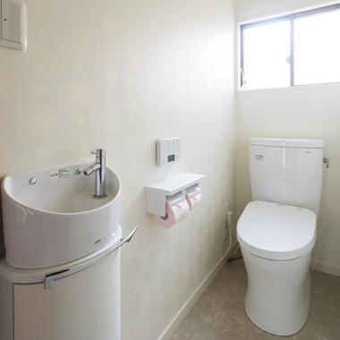 リフォーム後の手洗いスペース付きトイレ
